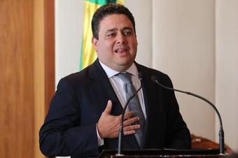 IMAGEM: Presidente da OAB confirma pré-candidatura ao governo do Rio