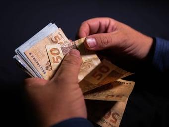 IMAGEM: Receita reage à possibilidade de taxação de fortunas