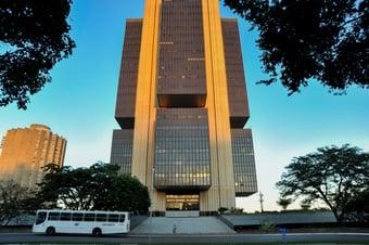 IMAGEM: Lucro dos bancos cresce 53% e chega a R$ 62 bilhões no primeiro semestre