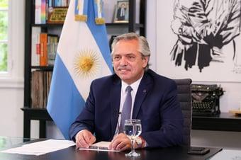 IMAGEM: 'Brasileiros vieram da selva', diz presidente da Argentina