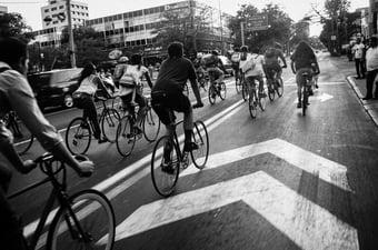 IMAGEM: Bolsonaro reduz tarifa de importação de bicicletas