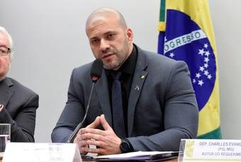 IMAGEM: Moraes dá 22 dias para defesa de Daniel Silveira se manifestar em ação penal