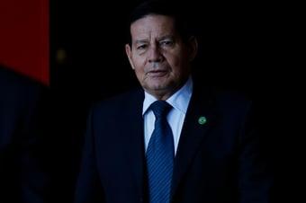 IMAGEM: Viagem de Mourão a Angola teve gasto de R$ 156 mil com passagens