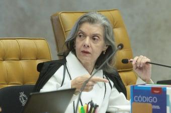 IMAGEM: Cármen Lúcia: STF 'não se verga e não se fecha'