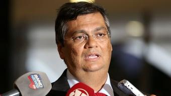 """IMAGEM: Dino defende impeachment de Bolsonaro: """"Mourão não se comportaria como arruaceiro"""""""