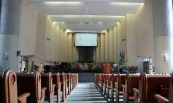 IMAGEM: 'Bancada da Bíblia' seria menor se igrejas pagassem imposto, diz estudo