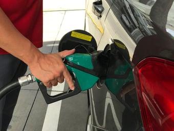 IMAGEM: Preço da gasolina sobe nas bombas pela 4ª semana; alta no ano é de 35,5%
