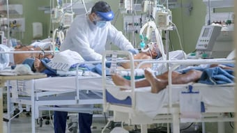 IMAGEM: Pacientes com menos de 40 anos são maioria nas UTIs