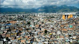 IMAGEM: Total de favelas mais que dobra em dez anos