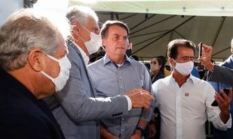 IMAGEM: Estados rebatem governo sobre hospitais de campanha