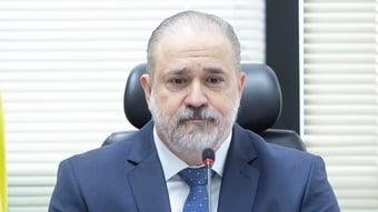 IMAGEM: Procuradores criticam falta de independência da PGR