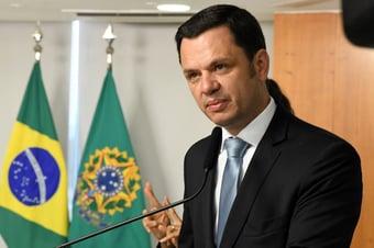 IMAGEM: Ministro da Justiça também testa negativo para Covid