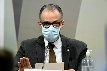 IMAGEM: CPI da Covid pretende reconvocar Antonio Barra Torres