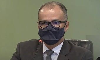 """IMAGEM: """"É lamentável, mas é preciso cumprir as leis"""", diz presidente da Anvisa"""