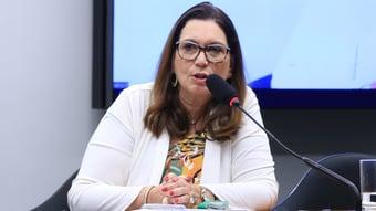 IMAGEM: Bia Kicis defende aprovar PEC da 2ª instância junto com voto impresso