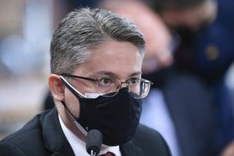 IMAGEM: Alessandro Vieira vai apresentar pedido de CPI da Rachadinha