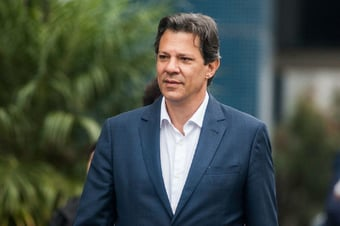 "IMAGEM: Haddad: ""É ridículo associar Lula a extremismo"""