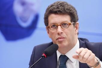 IMAGEM: PGR se opõe a afastamento e prisão de Salles, acusado de obstruir investigação da PF