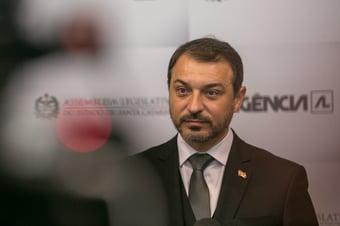 IMAGEM: 'Restabelecida a verdade', diz Carlos Moisés após absolvição