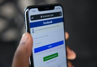 IMAGEM: Facebook atribui apagão a falha interna