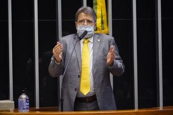 IMAGEM: Bolsonaristas têm dificuldade para justificar Ciro Nogueira