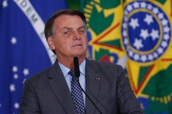 IMAGEM: 'Ridículo, nasça de novo', diz Bolsonaro em novo ataque a jornalista