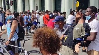 IMAGEM: Cuba condena manifestante a 10 anos de prisão