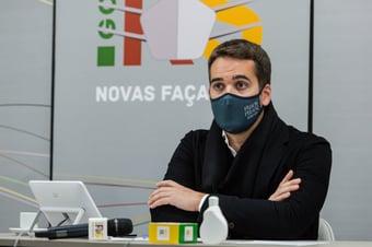 """IMAGEM: Eduardo Leite: """"Negar participação em debate é coisa do bolsonarismo"""""""
