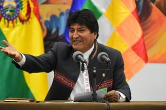 IMAGEM: Evo Morales se reúne com chefe do partido do novo presidente do Peru