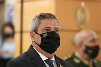 IMAGEM: Senador pede que Braga Netto explique investigação sobre militares filiados ao PT