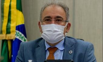 IMAGEM: Queiroga é 'absolutamente contrário' à obrigatoriedade do uso de máscara