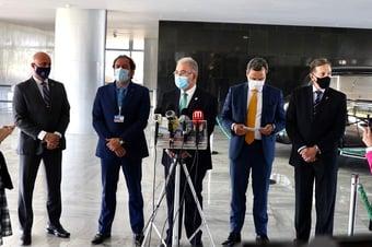 IMAGEM: Nota técnica sobre vacinação de bancários e funcionários dos Correios ainda não saiu