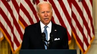 IMAGEM: Biden chama militares mortos em Cabul de heróis e diz que terroristas 'vão pagar'