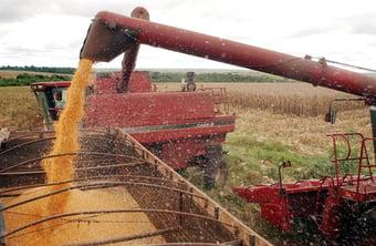 """IMAGEM: Confederação do agro diz que é """"apolítica"""" e tenta se descolar de bolsonarismo"""