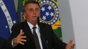 IMAGEM: Bolsonaro desiste de vetar emendas do 'orçamento paralelo'
