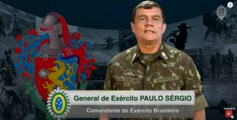 IMAGEM: Comandante do Exército pede 'cautela' da tropa com redes sociais