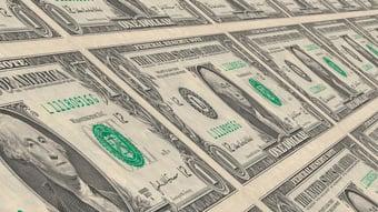 IMAGEM: Dólar tem alta e fecha na maior cotação desde abril