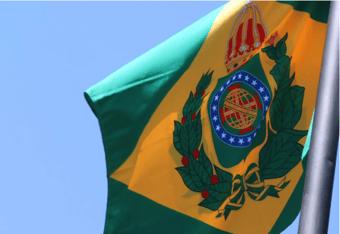 IMAGEM: Em Campo Grande, desembargador manda erguer bandeira do Brasil Império