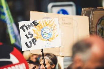 """IMAGEM: 230 revistas científicas chamam aquecimento global de """"maior ameaça"""" à saúde pública"""