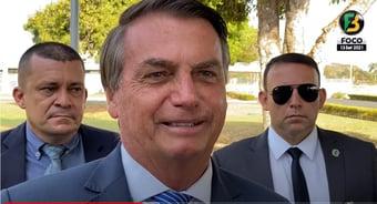 """IMAGEM: Bolsonaro, sobre manifestantes que pediram seu impeachment: """"Minoria digna de dó"""""""