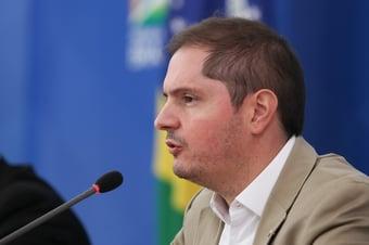 IMAGEM: AGU critica comportamento da CPI da Covid com advogados