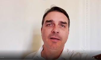 IMAGEM: Renan vai pedir indiciamento de Flávio Bolsonaro por ajudar a financiar fake news