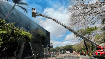 IMAGEM: Incêndio foi controlado e não atingiu processos, diz TJ do Ceará