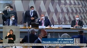 IMAGEM: A reação da CPI da Covid à mentira de Bolsonaro sobre vacinas e Aids