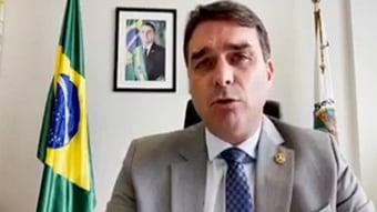 """IMAGEM: """"Estamos testemunhando algo macabro"""", diz Flávio, sobre CPI"""