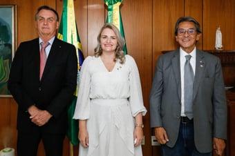 IMAGEM: Para tentar atrair Bolsonaro, PTB ofereceu ao presidente o direito de indicar senadores