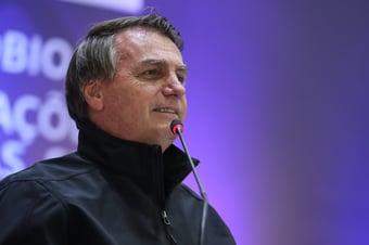 IMAGEM: Oposição vai ao STF contra Bolsonaro por associar vacina à Aids