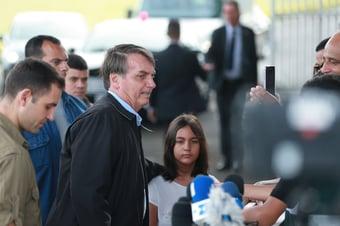 IMAGEM: Exército aceita filha de Bolsonaro em colégio militar sem processo seletivo