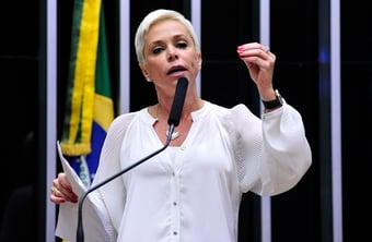 IMAGEM: Cristiane Brasil diz que 'ainda' não foi expulsa do PTB
