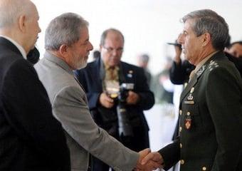 IMAGEM: Militares não vão resistir ao 'Lula lá'